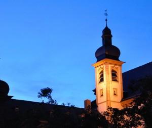 Wie der Kirchturm sollen auch weitere Teile des Klosters beleuchtet werden.